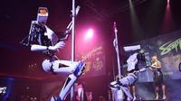 Penampilan robot striptis di Las Vegas (sumber: getty images)
