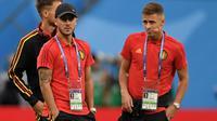 Eden Hazard bersama adiknya, Thorgan Hazard. (AFP/Gabriel Bouys)