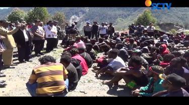 Kapolda Papua, Irjen Pol Boy Rafli Amar mengatakan agar tidak ada lagi aktivitas mobilisasi massa serta membawa alat perang,