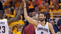 Kevin Love, tampil apik untuk membantu Cleveland Cavaliers mengalahkan Toronto Raptors pada Gim 5 Final Wilayah Timur NBA 2016, 25 Mei 2016. (Bola.com/Twitter/theScore)