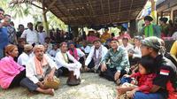 Wakil Gubernur Jabar Uu Ruzhanul Ulum saat menghadiri upacara adat Nyuguh di Kampung Adat Kuta. (Istimewa)