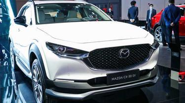 Mazda CX-30 versi listrik resmi diluncurkan