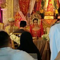 Foto Pernikahan Nina Zatulini dan Chandra Tauphan (Andy Masela/bintang.com)