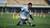 Bek Persib Bandung, Achmad Jufriyanto. (Bola.com/Muhammad Faqih)
