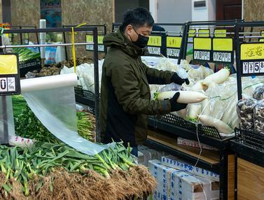 Kehidupan Sehari-hari Warga di Wuhan