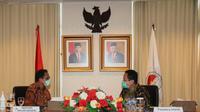 Kepala PPATK Dian Ediana Rae dan Menteri Dalam Negeri Tito Karnavian, Selasa (16/6/2020). (Dokumentasi PPATK)