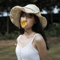 ilustrasi kepribadian perempuan/Photo by Vino Li on Unsplash
