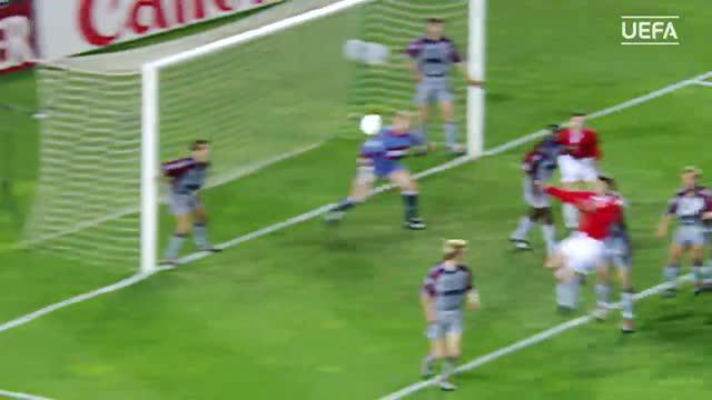 UEFA TV memilih 10 gol terbaik Manchester United selama bertanding di Liga Champions.
