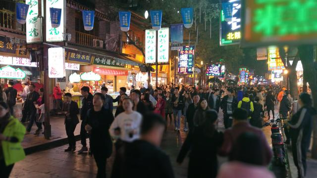 China Bantah Paksa Masuk Etnis Uighur ke 'Kamp Pendidikan'