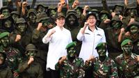 Setelah melaksanakan pembekalan selama 45 hari di Pusdikes Kodiklat TNI AD, Jakarta Timur, kegiatan pembekalan tenaga kesehatan, yakni Tim Nusantara Sehat Batch VI tahun 2017 resmi ditutup pada Selasa (16/5). (Dok Biro Komunikasi dan Pelayanan Masyarakat Kementerian Kesehatan)