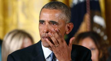 20160105-Tangis Barack Obama di Gedung Putih-Washington