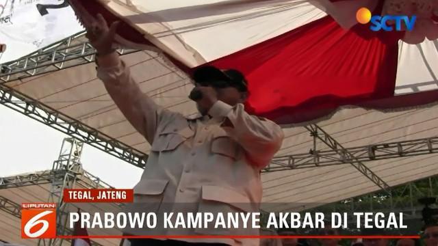 Usai dari Banyumas, Prabowo dan rombongan bertolak ke Tegal, Jawa Tengah, untuk berkampanye di Lapangan Wisanggeni.