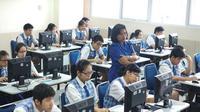Dinas Pendidikan dan Kebudayaan (Dindikbud Banten) terus melakukan peningkatan mutu pendidikan pada jenjang pendidikan SMK.