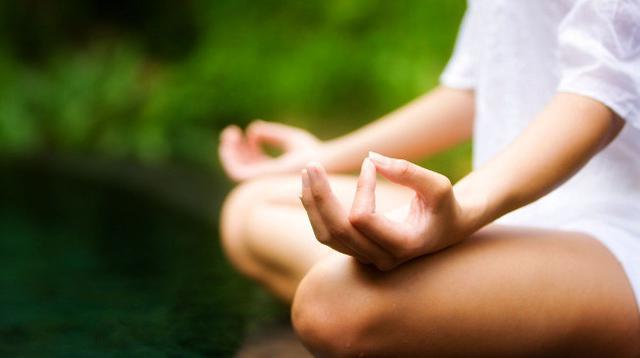 Meditasi terbukti memperbaik fungsi pikiran, dan membawa manfaat dalam pengembangan diri kita.