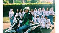 6 Kelakuan Kocak Orang Numpang Eksis Ini Bikin Ngakak (sumber: Instagram.com/ngakakkocak)