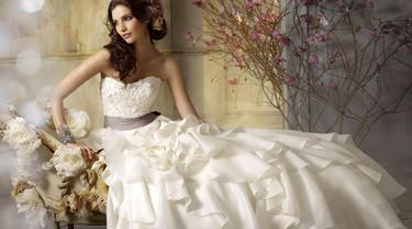 Vow to be Chic - Rent Wedding Gown 0514