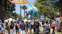 Santa Barbara Earth Day Festival. (sumber: google.com)