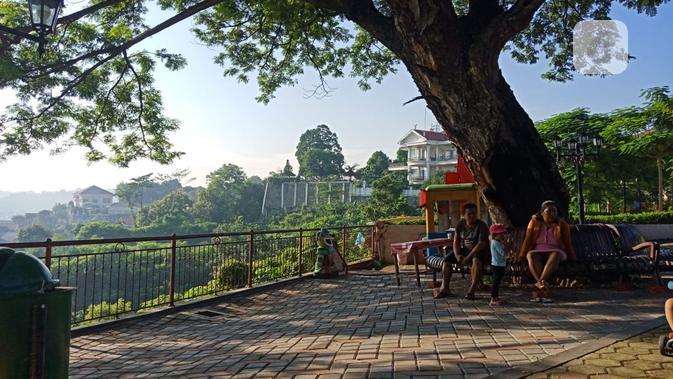 Pemandangan ini bukan di lereng gunung, ini di kota Semarang. (foto: Liputan6.com/Sheyla Al Kautsar)
