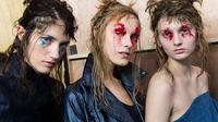 Penasaran dengan tampilan makeup terbaik dalam pagelaran Milan Fashion Week 2017? Lihat di sini.