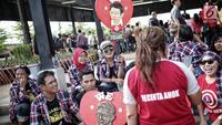 Pendukung setia Basuki Tjahaja Purnama (BTP) atau Ahok, Ahokers berkumpul di RTH Kalijodo, Jakarta, Kamis (24/1). Mereka memberi dukungan moril kepada Ahok yang resmi bebas. (Liputan6.com/Faizal Fanani)