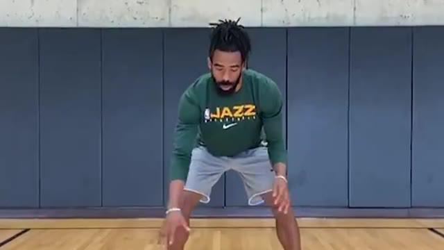 Berita Video Pebasket Utah Jazz, Mike Conley Bagikan Tips Cara Dribel Figure 8