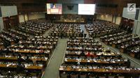 Suasana Rapat Paripurna ke-2 di Kompleks Parlemen, Jakarta, Selasa (1/10/2019). Rapat menetapkan Puan Maharani sebagai Ketua DPR dengan wakilnya Aziz Syamsuddin, Sufmi Dasco Ahmad, Rachmat Gobel, dan Muhaimin Iskandar. (Liputan6.com/JohanTallo)
