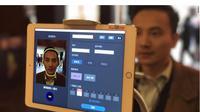 Untuk masuk ke sebuah tempat wisata di Tiongkok, pengunjung hanya butuh selfie (Sumber: CNN)