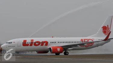 20150819-Pesawat-Baru-Lion-Air-Tangerang-Edward-Sirait