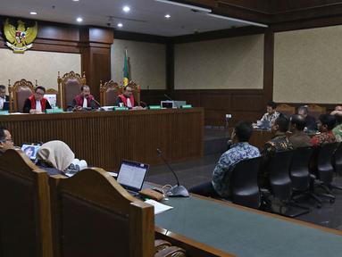 Saksi memberikan keterangan dalam sidang lanjutan dengan terdakwa dugaan kasus suap jual beli jabatan di lingkungan Kementerian Agama Romahurmuziy di Pengadilan Tipikor, Jakarta, Rabu (6/11/2019). Persidangan mendengarkan keterangan lima saksi yang dihadirkan JPU. (Liputan6.com/Herman Zakharia)