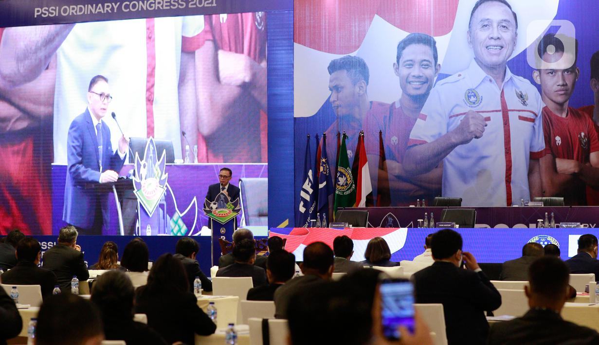 Ketua PSSI, Mochamad Iriawan, memberikan sambutan saat Kongres PSSI di Hotel Raffles, Jakarta, Sabtu (29/5/2021). Kongres tersebut akan membahas kepastian Liga 1 dan 2 musim 2021-2022. (Bola.com/M Iqbal Ichsan)