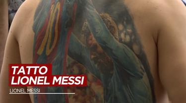 Berita Video, Seorang Pria Dapatkan Tanda Tangan Lionel Messi di Tubuhnya
