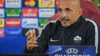 Pelatih AS Roma, Luciano Spalleti, menilai timnya tak kompak saat kalah 0-3 dari FC Porto pada leg kedua play-off Liga Champions. (AFP)