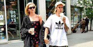 Justin Bieber baru saja membeli sebuah rumah mewah di Kanada. Sepertinya ia merindukan suasana kampung halaman usai menghabiskan banyak waktu di New York. (Harper's Bazaar)