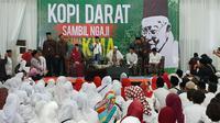 Cawapres Ma'ruf Amin bertemu masyarakat di Tangerang. (Liputan6.com/Ratu Annisaa Suryasumirat)