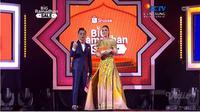 Luna Maya tampil sebagai host acara Shopee Big Ramadhan Sale Kamis, 23 Mei 2019 di Balai Sarbini Jakarta Selatan