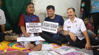 Rahmat Hidayat saat dikunjungi Bupati Bandung Barat Aa Umbara Sutisna (Dok.bandungbaratkab.go.id/Komarudin)