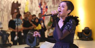 Setelah lima tahun, Mulan Jameela akhirnya kembali merilis album. Rabu, (2/5/2018) Mulan merilis album baru berjudul 99 Volume 2 Patience. (Nurwahyunan/Bintang.com)