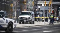 Sebuah van menabrak pejalan kaki di Toronto, Kanada, mengakibatkan sembilan orang tewas.