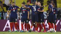 Pemain Prancis merayakan gol bunuh diri bek Jerman, Mats Hummels pada pertandingan grup F Euro 2020 di Allianz Arena di Munich, Jerman, Selasa (15/6/2021). Kemenangan membuat Prancis mengoleksi tiga poin di Grup F dan berada diperingkat kedua klasemen. (Franck Fife/Pool via AP)
