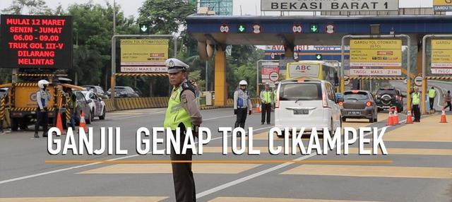 Ganjil genap di Tol Cikampek telah diberlakukan. Imbasnya beberapa jalur diluar jalan tol menjadi macet.