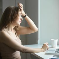 Ilustrasi stres - sakit kepala - lelah (iStockphoto)