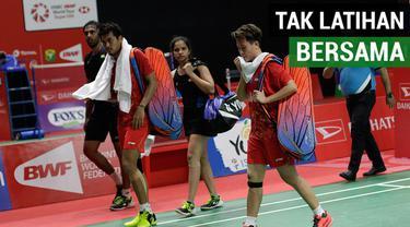 Berita video Liliyana Natsir sudah lama tidak latihan bersama Tontowi Ahmad. Pasangan yang akrab disapa Owi-Butet ini mengakui lawan akan yakin menghadapinya pada babak kedua Indonesia Masters 2019.