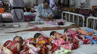 Betapa ironi, sebuah rumah sakit di India menjadi tempat penjualan bagi bayi yang 'dibuang' orangtuanya.