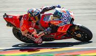 Pembalap Ducati, Andrea Dovizioso lebih fokus pada Yamaha di MotoGP 2018. (Robert MICHAEL / AFP)