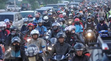 20160602-Jalur Mudik di Lamaran Karawang, Macet Parah-Jawa Barat
