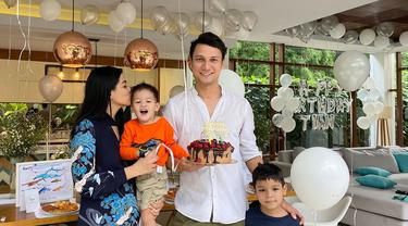 Momen perayaan ulang tahun Christian Sugiono yang Ke-39
