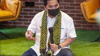 Momen Lucu Menteri Erick Thohir saat Berkunjung ke Hutan Kera Ubud
