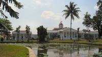 Istana Bogor (Sumber: Wikipedia)