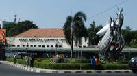 Kebun Binatang Surabaya, salah satu objek wisata terkenal di Surabaya (Foto: wikimedia.org)