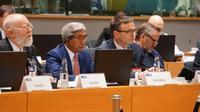 Wakil Menteri Luar Negeri RI, A.M Fachir (depan, tengah) dalam pertemuan antara Menteri Luar Negeri ASEAN - Uni Eropa di Brussels pada 21 Januari 2019 (kredit: Kemlu RI)